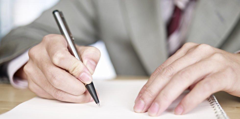 Selbstorganisation z.B. mit To-Do Listen hilft besonders in der Probezeit.