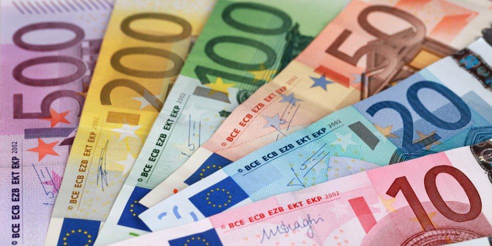 Bei der Frage zum Gehalt ist geschicktes Taktieren gefragt. Foto: panthermedia.net/Boarding_Now