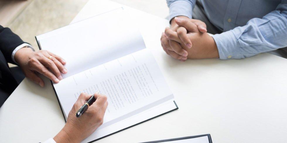Personalberater können bei der Karriereplanung helfen.