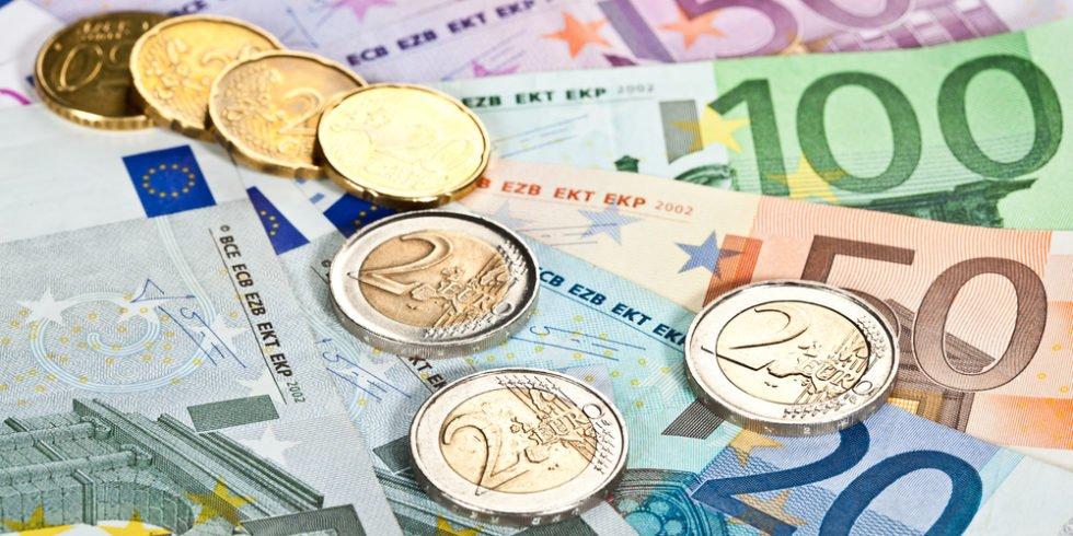 Euro Scheine und Münzen