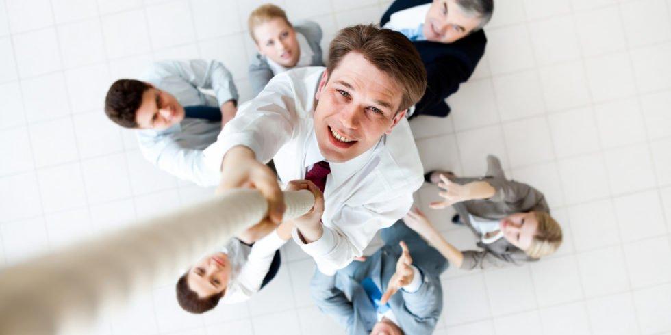 Beförderung: Lieber zuerst durch indirekte Fragen beiläufig auf den Zahn fühlen.