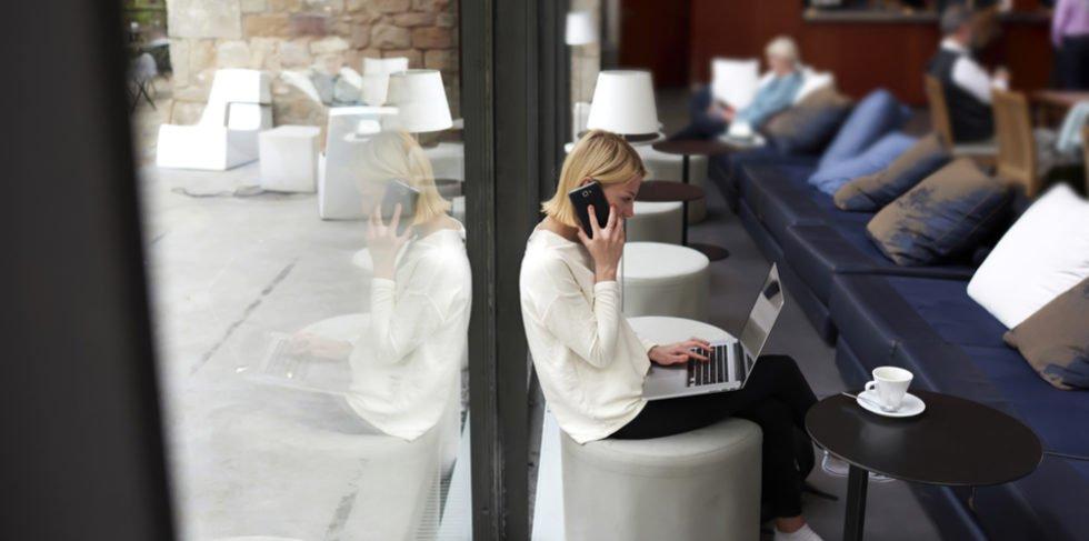 Mobiles Arbeiten wirkt sich positiv für Arbeitnehmer und Arbeitgeber aus.