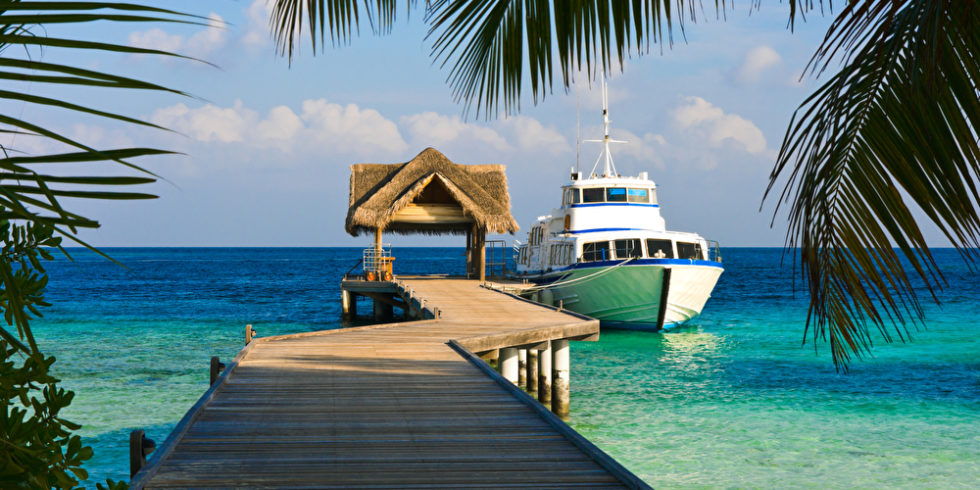 So eine Yacht ist schon toll - aber wirklich exklusiv wird es unter Wasser. Foto: panthermedia.net/violin