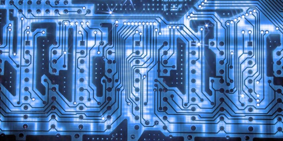 Interdisziplinäres Wissen: In der Zukunft werden die Schnittmengen von ingenieuren und Informatikern immer größer.
