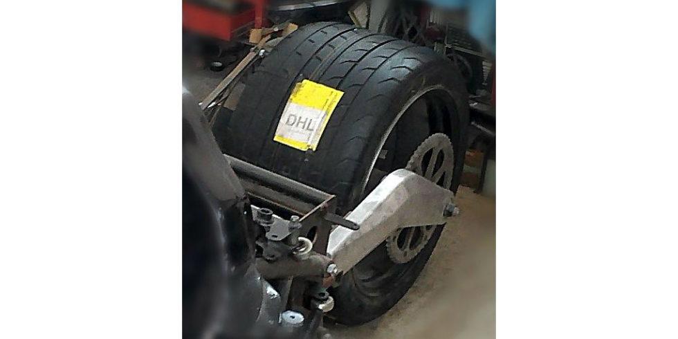 Männertraum auf drei Rädern: Von 810 PS in den Sitz gedrückt