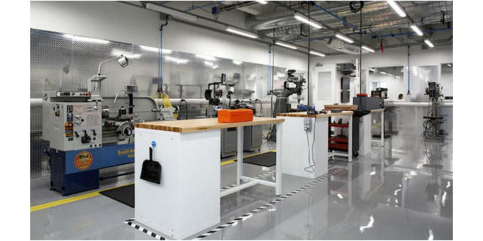 Area 404: Facebook eröffnet zentrales Labor für Hardware