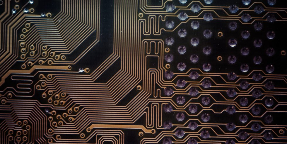 Die Digitalisierung sorgt für mehr Bedarf an Fachkräften, insbesondere im Bereich der Elektrotechnik.