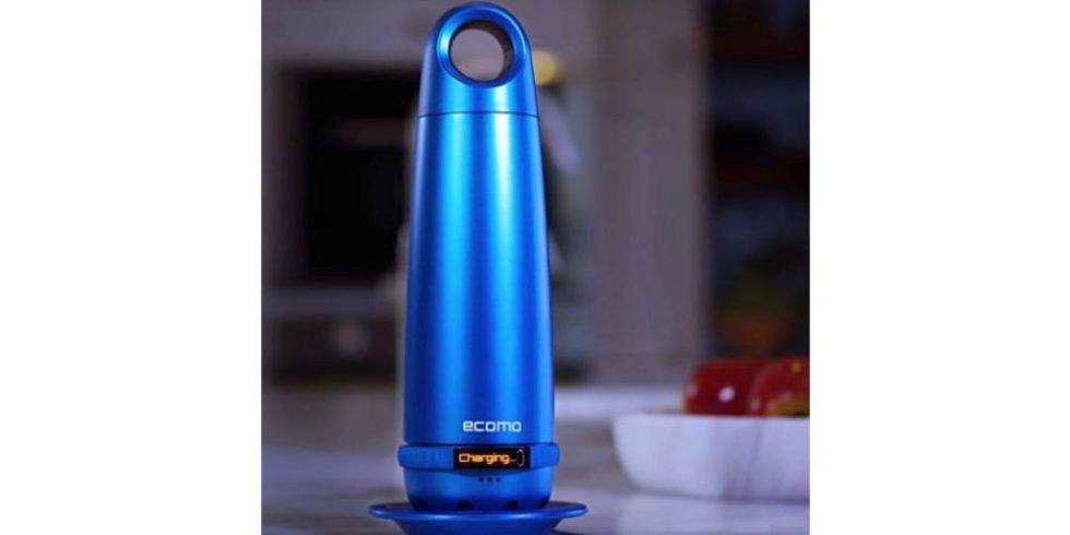 Einfach schütteln und drehen: Diese Flasche testet und filtert Wasser