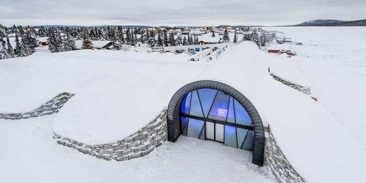 Ein Hotel aus Eis: Schlafen in einem gefrorenen Bett