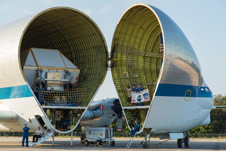 Der gigantische Flugzeug-Frachtraum der Super Guppy. Foto: panthermedia.ne/newzulu