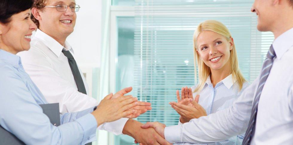Der harmonische Abschied beim früheren Arbeitgeber erleichtert die Rückkehr.