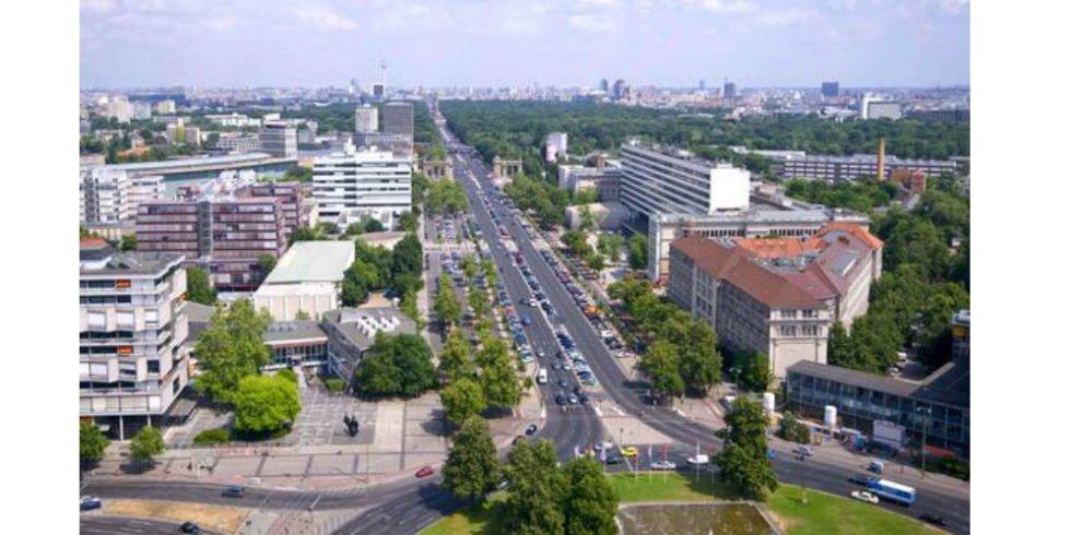 Vom Brandenburger Tor auf die Teststrecke für autonom fahrende Autos
