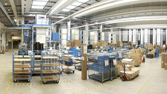 Lasertechnik kann helfen, die Lagerhaltung zu automatisieren.