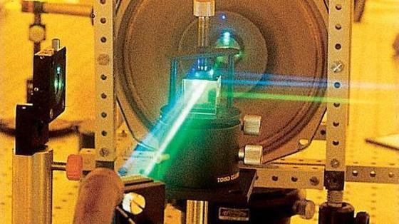 """Lasertechnologien sollen Maschinen """"Eigenintelligenz"""" bringen."""