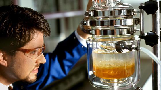 Einsparmöglichkeiten durch Chemikalienleasing.