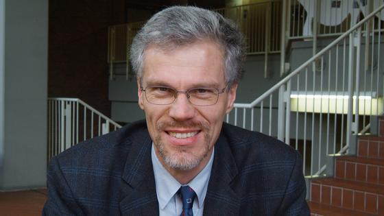 Martin Kaltschmitt, Leiter des Instituts für Umwelttechnik und Energiewirtschaft.