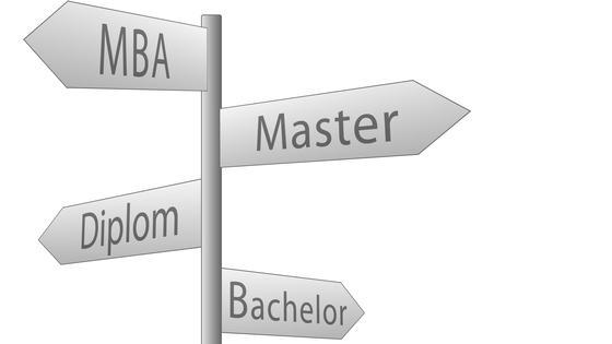 Nicht nur der MBA eröffnet Chancen auf einen Job in den Führungsetagen.