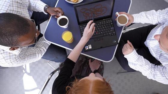 Präsenzpflicht oder feste Arbeitsplätze im Büro sind Auslaufmodelle.