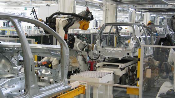 Die Automobilindustrie ist einer der größten Kunden von Heller.