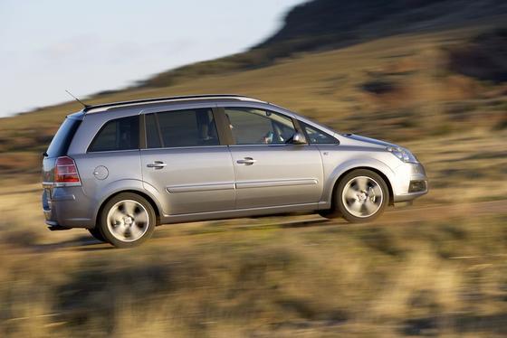 Der Opel Zafira erreicht dank des neuen Turbo-Diesels mehr als 200 km/h Spitzengeschwindigkeit.