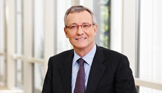 Hans-Theo Macke, Vorstand der DZ Bank, schätzt die wirtschaftliche Lage der mittelständischen Unternehmen als sehr gut ein.