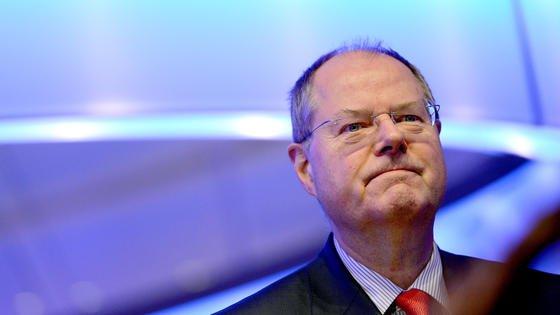 Die SPD, mit Kanzlerkandidat Peer Steinbrück an der Spitze, wirbt im Bundestagswahlkampf für eine Erhöhung der Einkommenssteuern.