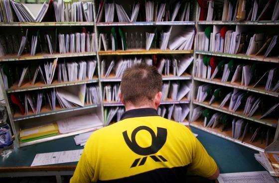 Die Deutsche Post und Verlage wie Bertelsmann haben inzwischen Adressdaten und weitere Informationen zu fast allen deutschen Haushalten.