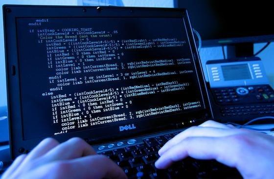 Große Datenmengen erleichtern Cyberangriffe.