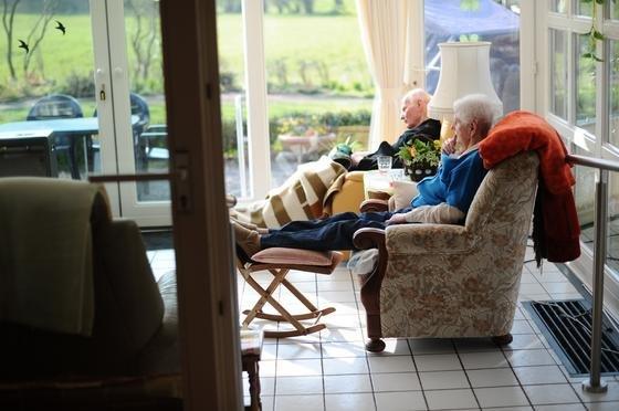 Für viele Häuslebauer spielt der Aspekt der Barrierefreiheit kaum eine Rolle. Erst im Alter oder bei Krankheit rückt dieses Thema in den Vordergrund.