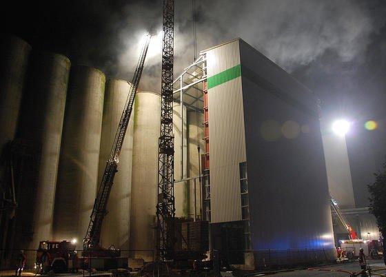 Neuartige Sensoren können rund um die Uhr das Austreten von Gasen in Räumen oder bei Gärprozessen überwachen. Dadurch könnten möglicherweise sogar Brände wie in den Futtersilos des Raiffeisen-Kraftfutterwerkes in Schweringen im Jahr 2011 verhindert werden.