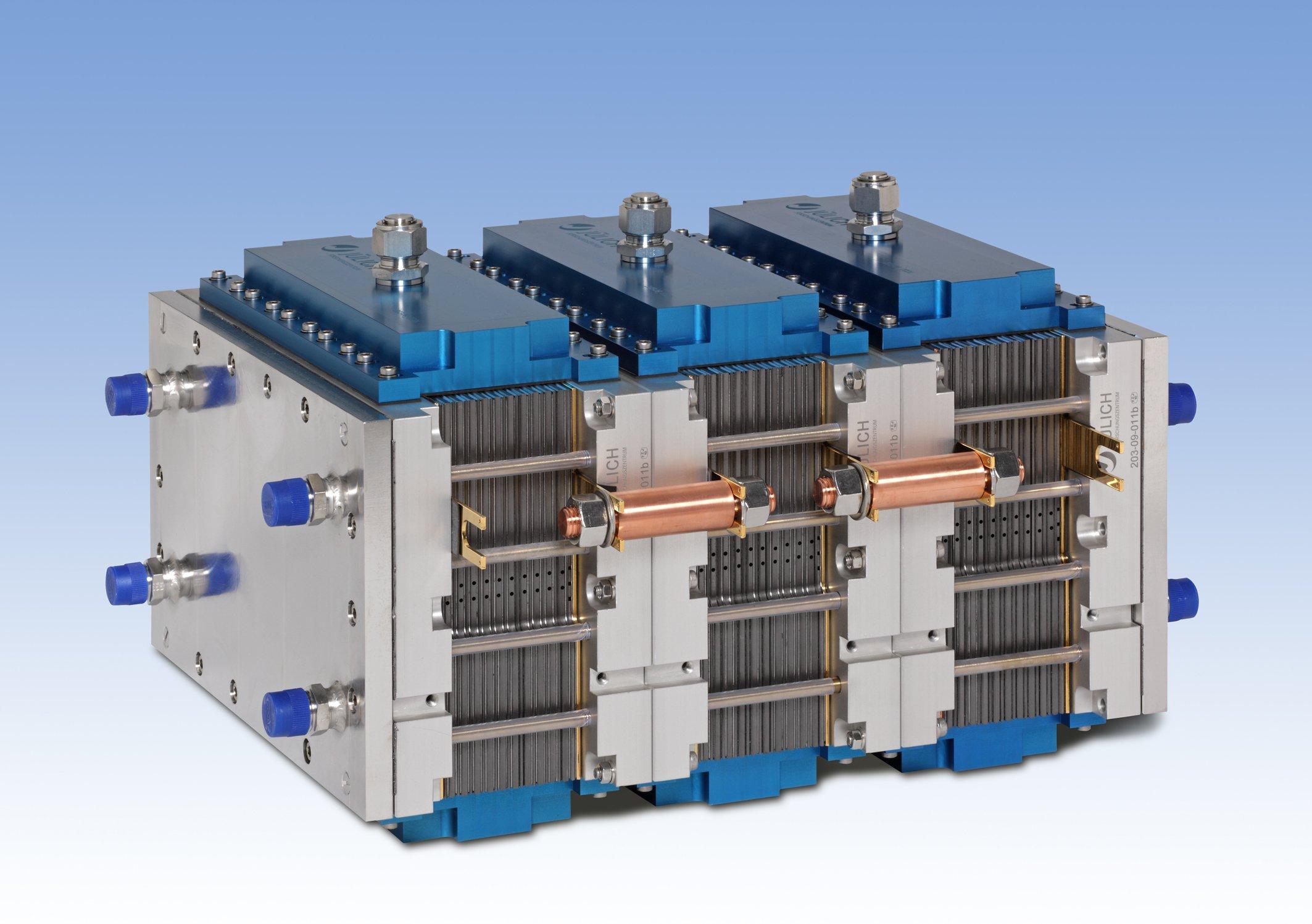 Jülicher Brennstoffzellen-Stack mitHochtemperatur-Polymerelektrolyt-Brennstoffzellen.