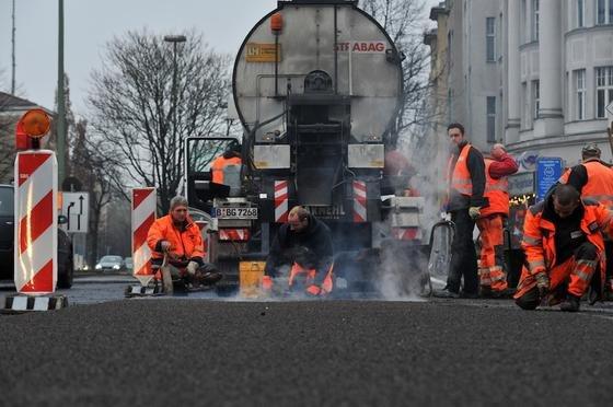 Mit einer neuen Scanner-Technik lässt sich der Zustand von Fahrbahnflächen besser überwachen und Schäden früher erkennen. Dadurch wird die Sanierung einfacher und günstiger.