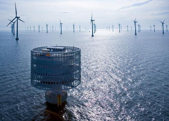 Nach Angaben des VDMA ist der Neubau von Offshore-Windkraftanlagen zum Erliegen gekommen. Grund sind die unsicheren gesetzlichen Rahmenbedingungen.