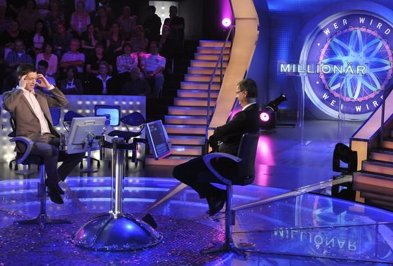 """""""Wer wird Millionär"""" mit Günther Jauch ist einer der Quotenbringer des Kölner Privatsenders RTL. Jetzt will die Bertelsmann-Tochter auch durch Internet-Angebote wie werbefinanzierte Video-Downloads wachsen."""