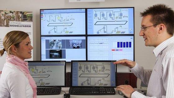 Hochschulen und Unternehmen arbeiten gemeinsam an der Fabrik der Zukunft.