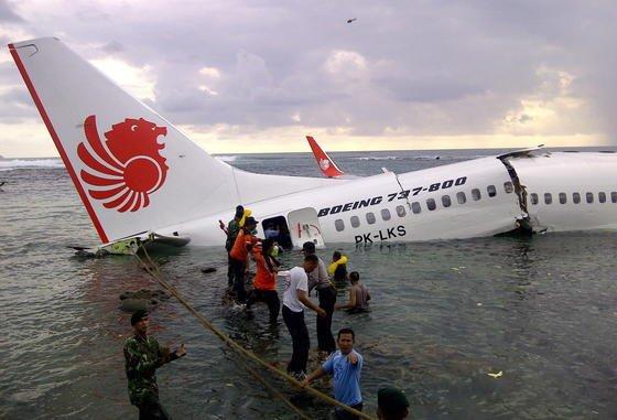 Der Absturz einer Boeing 737 auf Bali ist der Grund für eine Überprüfung der Lackierung von mehr als 1000 Modellen dieses Typs weltweit.