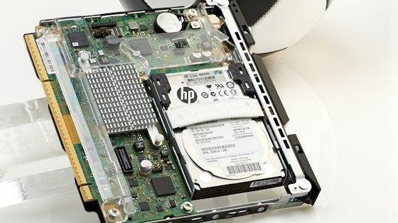 Aus solchen Cartridges bauen sich die Moonshot-Systeme von HP auf. Der Prozessor steckt unter der Kühlfläche.