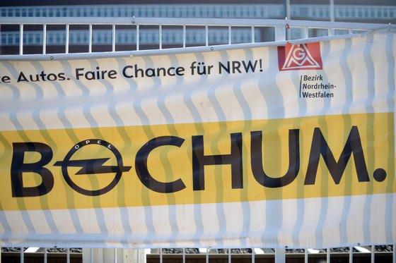 Der Kampf war umsonst: Das Opel-Werk in Bochum wird 2014 geschlossen. Auch eine Komponentenfertigung wird es in Bochum nicht geben. Opel zieht sich komplett zurück.