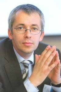 Professor Bernd Hansjürgens.
