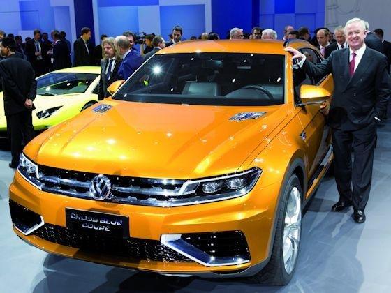 Chefsache: In Shanghai stellte VW-Chef Winterkorn erstmals das Cross Blue Coupé des Konzerns der Öffentlichkeit vor.
