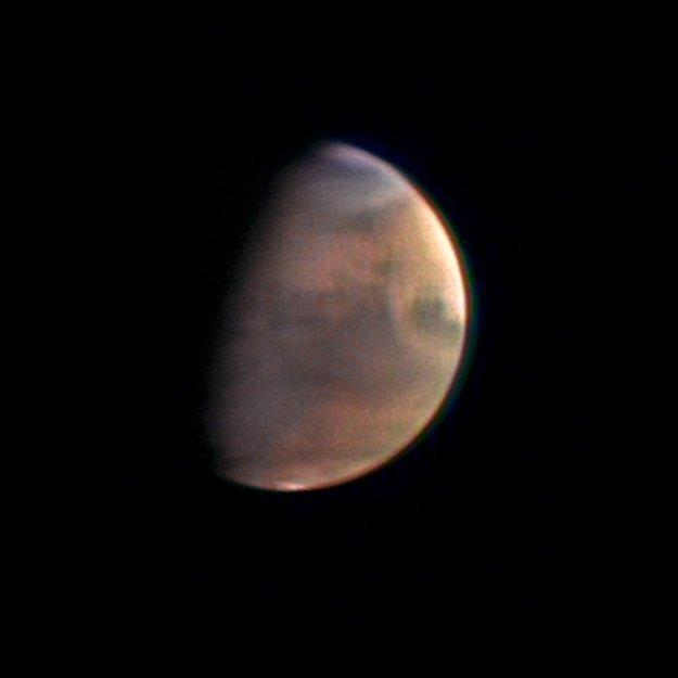Der Mars, bei der Aufnahme 5,5 Mio. Kilometer entfernt.