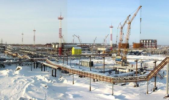 In der Region Khanty Mansiysk inSibirien wird unter widrigen Bedingungen Öl und Gas gefördert.