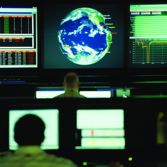 Vor allem Unternehmen der Autoindustrie stehen weltweit im Fokus von Cyber-Kriminellen, so eine Studie des Sicherheitsanbieters Symantec.