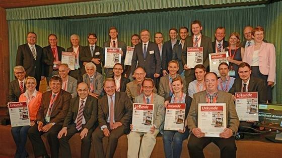 Retro-Motiv mit Hightech-Gründern: Die zehn besten Unternehmerteams in Phase 2 des Businessplan-Wettbewerb Nordbayern.