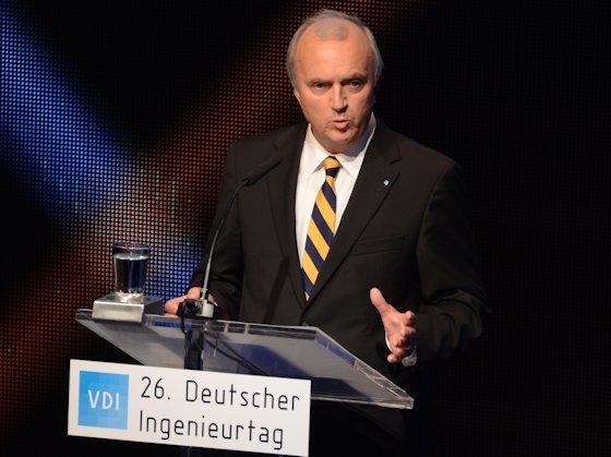 """VDI-Präsident Udo Ungeheuer: """"Ingenieure wollen und werden sich noch stärker wie bisher als aktive Gestalter unserer Gesellschaft etablieren. Dies sieht der VDI als eine seiner zentralen Aufgaben in den kommenden Jahren."""""""