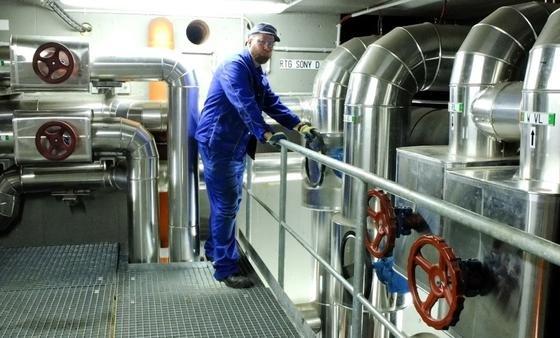 Der Energieversorger Vattenfall baut in Berlin das Fernkältenetz weiter aus.