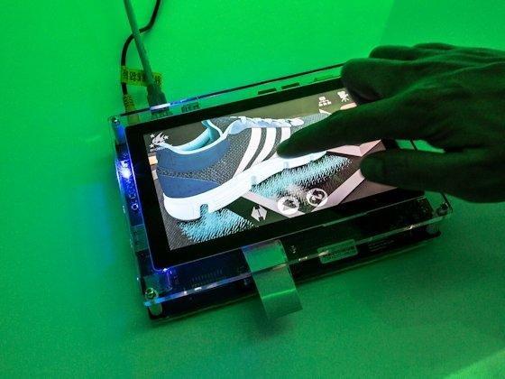 Realitätsnah: Im FutureLab der Unternehmensmesse RTT-Excite zeigten die Visualisierungsexperten, wie künftig das Rendering auf einem Tablet funktioniert.