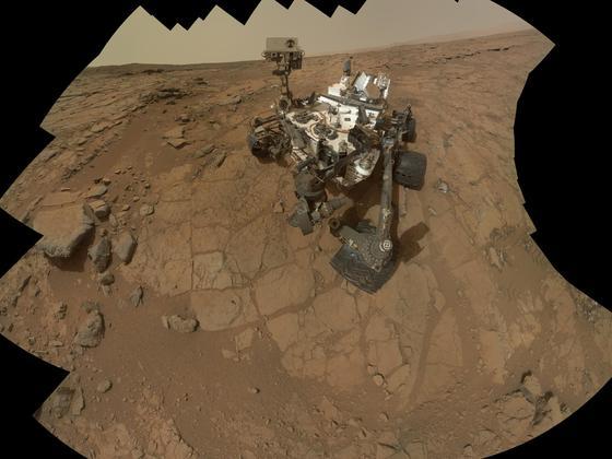 Auf dem Flug zum Mars hat die Sonde Curiosity erstmals die Strahlenbelastung gemessen. Demnach wäre das Gesundheitsrisiko für Astronauten erheblich.