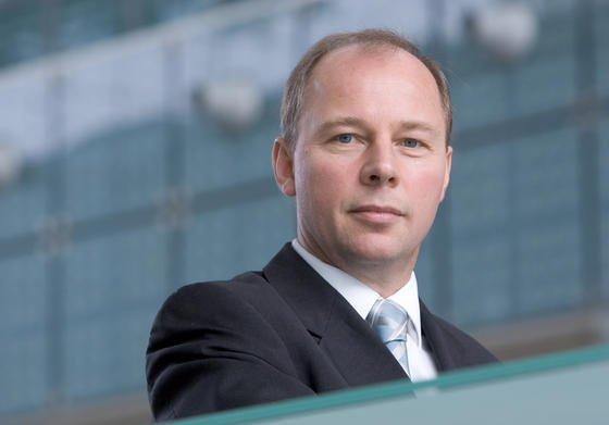 Die Ausrüstungsinvestitionen in Deutschland sind viel zu niedrig und gefährden die Qualität der Produktion, meint Allianz-Chefvolkswirt Michael Heise.