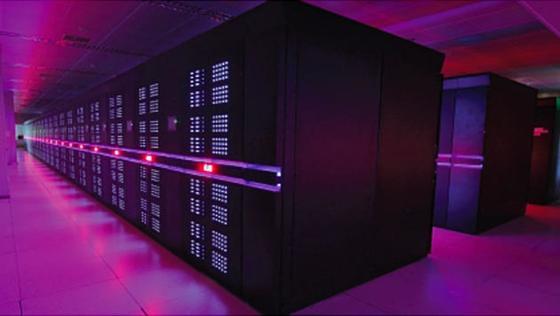 Mit dem SupercomputerTianhe-2 der National University of Defense Technology hat sich China mit Abstand die Spitze derTop-500-Liste der Supercomputer erobert.
